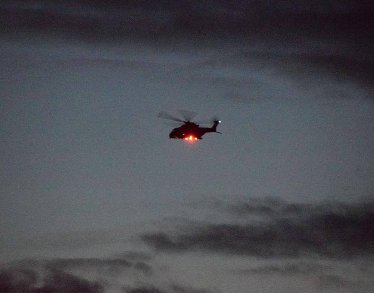 En helikopter blev sendt i luften for at finde manden. Foto: Presse-fotos.dk