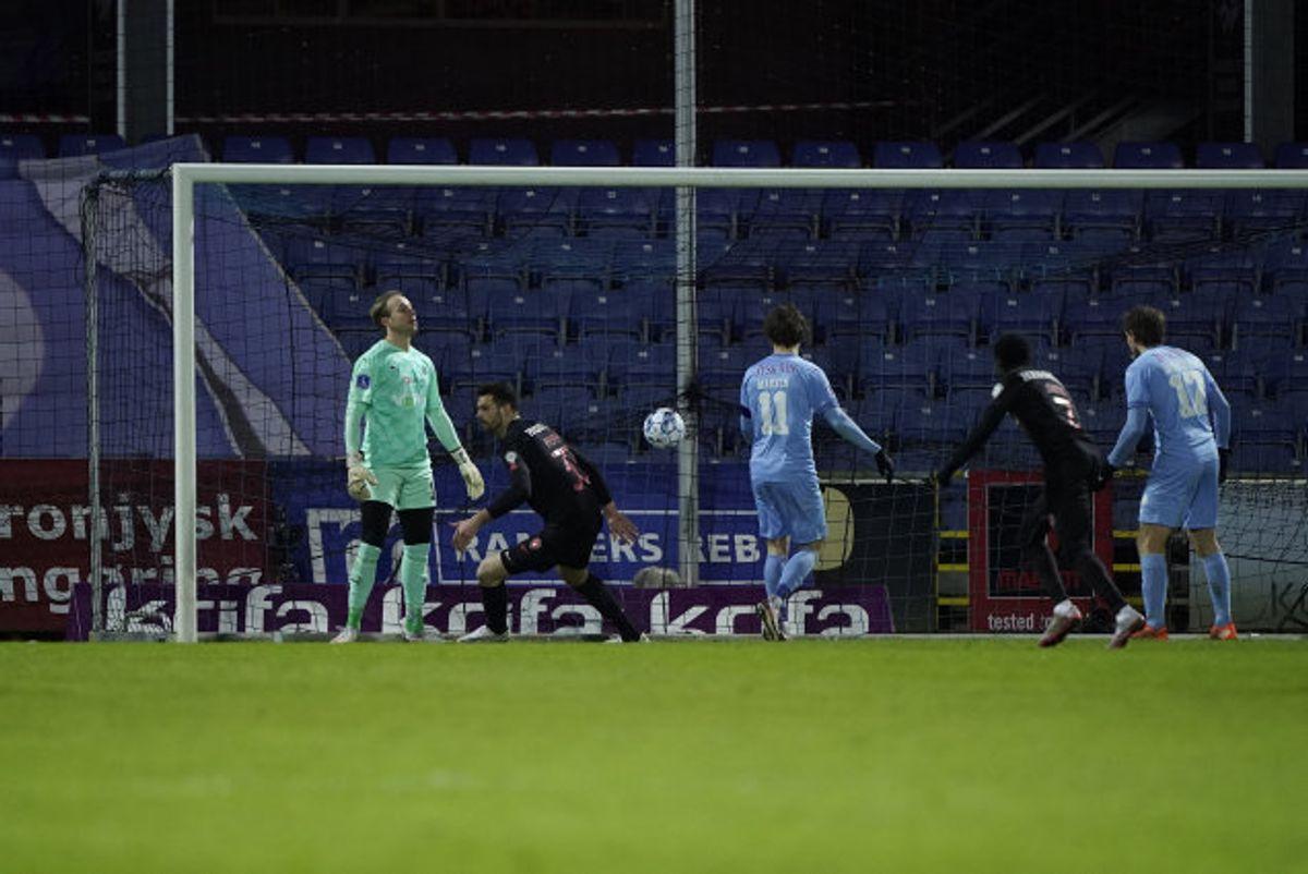 Luca Pfeiffer scorede sit første superligamål, da han bragte FC Midtjylland på 1-0 mod Randers. Senere udlignede kronjyderne, før midtjyderne alligevel vandt. Foto: Henning Bagger/Scanpix