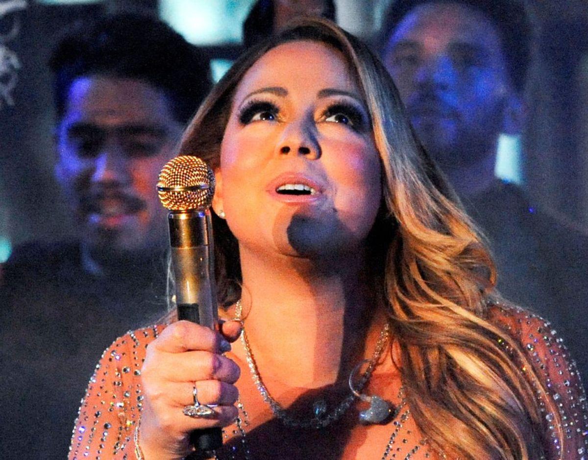 Mariah Carey sang nationalsangen i 2002. Klik videre for flere billeder. Foto: Scanpix/REUTERS/Stephanie Keith