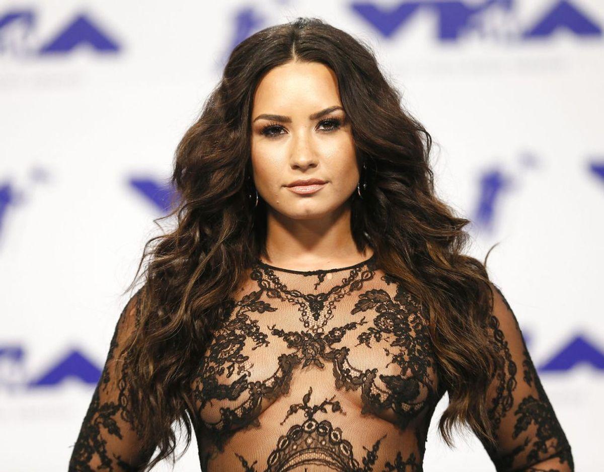Sidste år var det Demi Lovato, der havde den store ære. Foto: Scanpix/REUTERS/Danny Moloshok