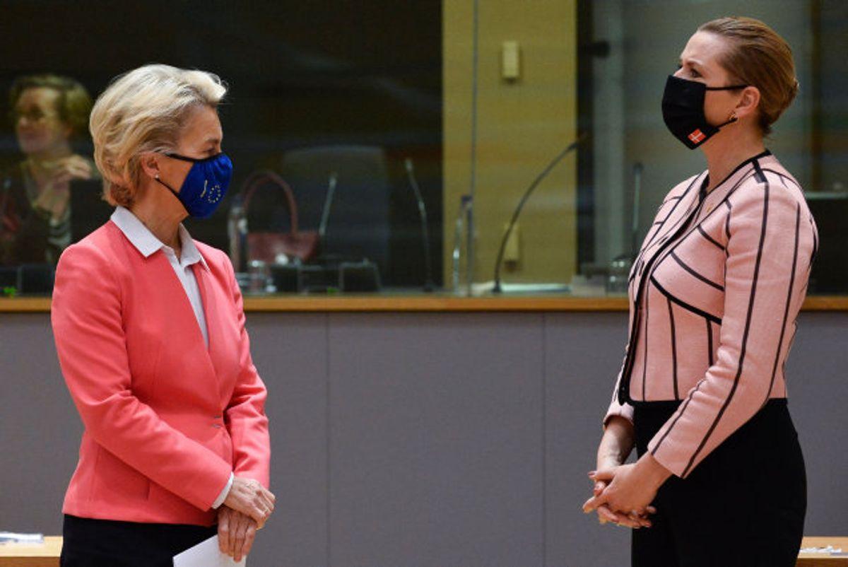 Regeringslederne vil med brevet til EU-kommissionens formand sikre sig, at vaccinedoserne kommer frem til tiden og i den aftalte mængde. (Arkivfoto). Foto: Johanna Geron/AFP