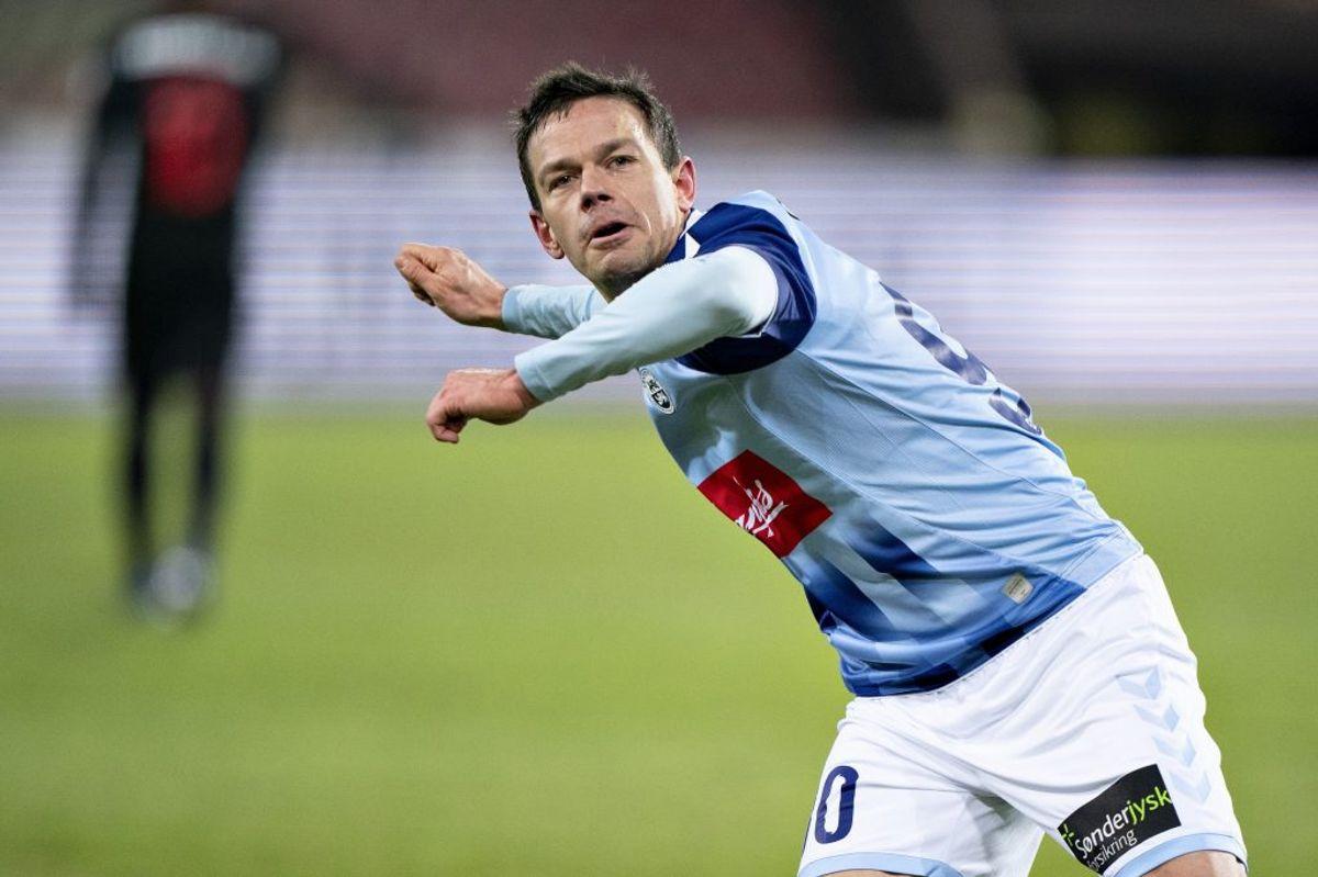 Mads Albæk bragte Sønderjyske foran med 1-0 i torsdagens sejr over FC Midtjylland. – Foto: Henning Bagger/Ritzau Scanpix.