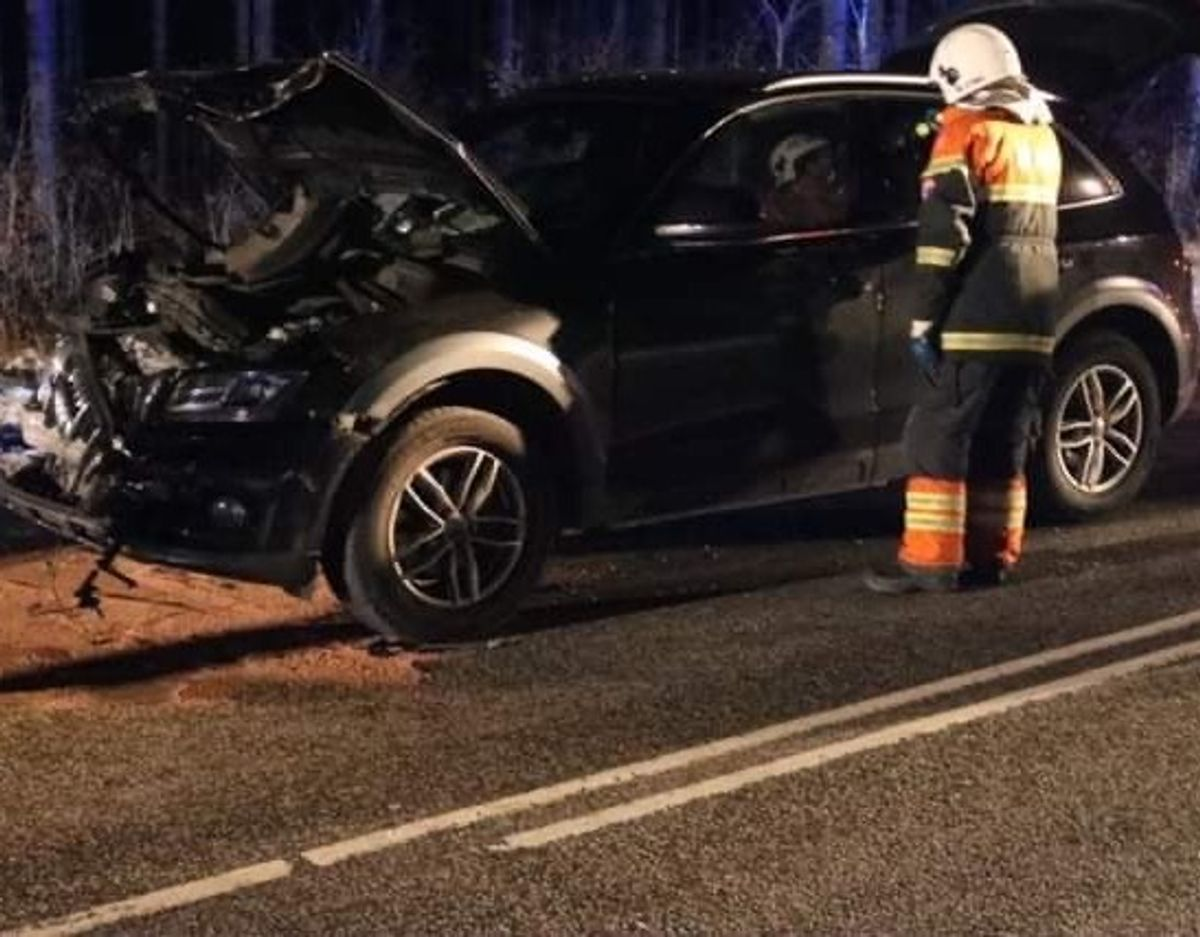 Ulykken er sket på Trekronervejen i Tingskoven, Fjerritslev omkring klokken 18.40. Foto: Øxenholt Foto.
