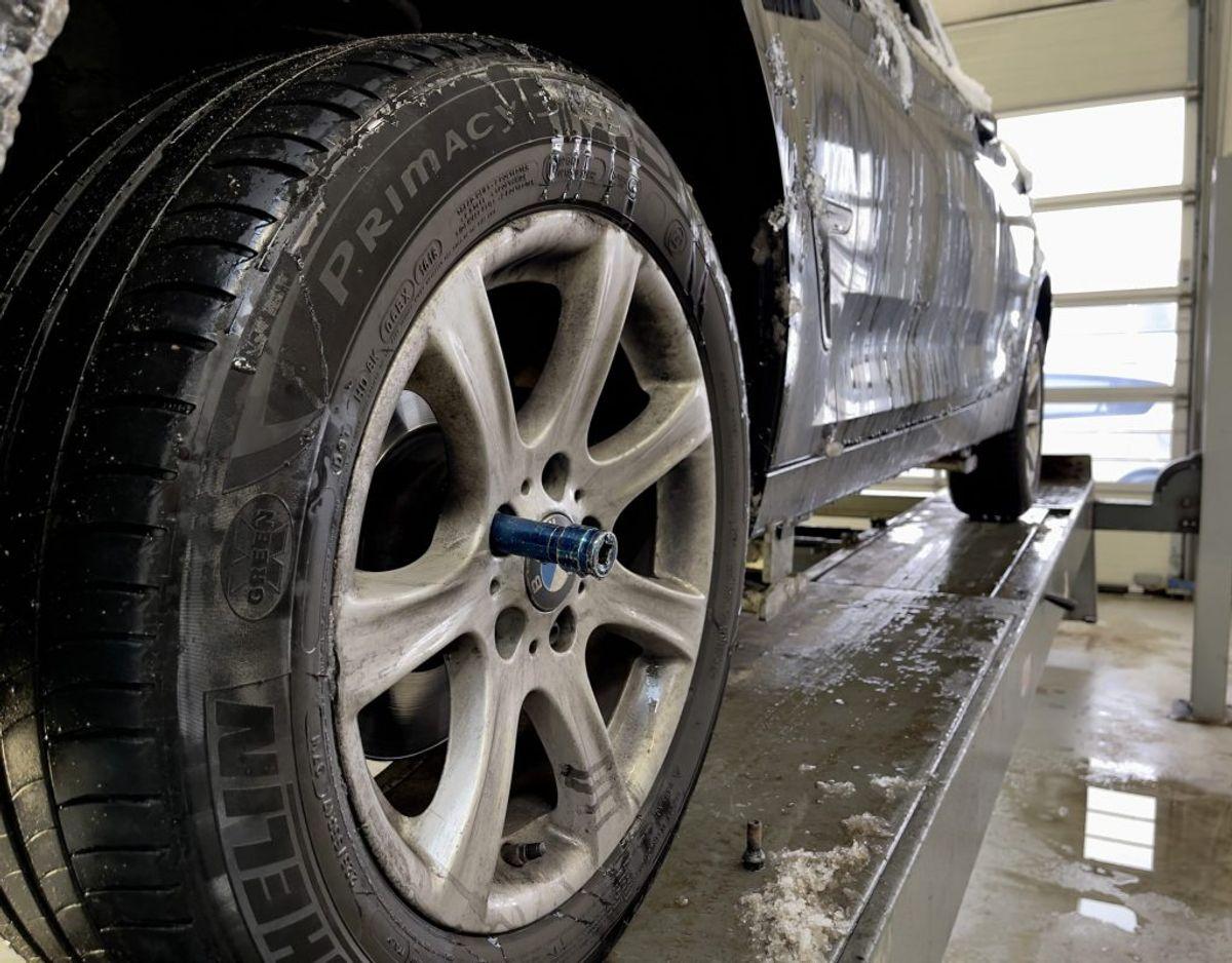 Denne BMW-ejer fik travlt med at få sin bil på værksted for at få vinterdæk på. Foto: Massimo Grillo
