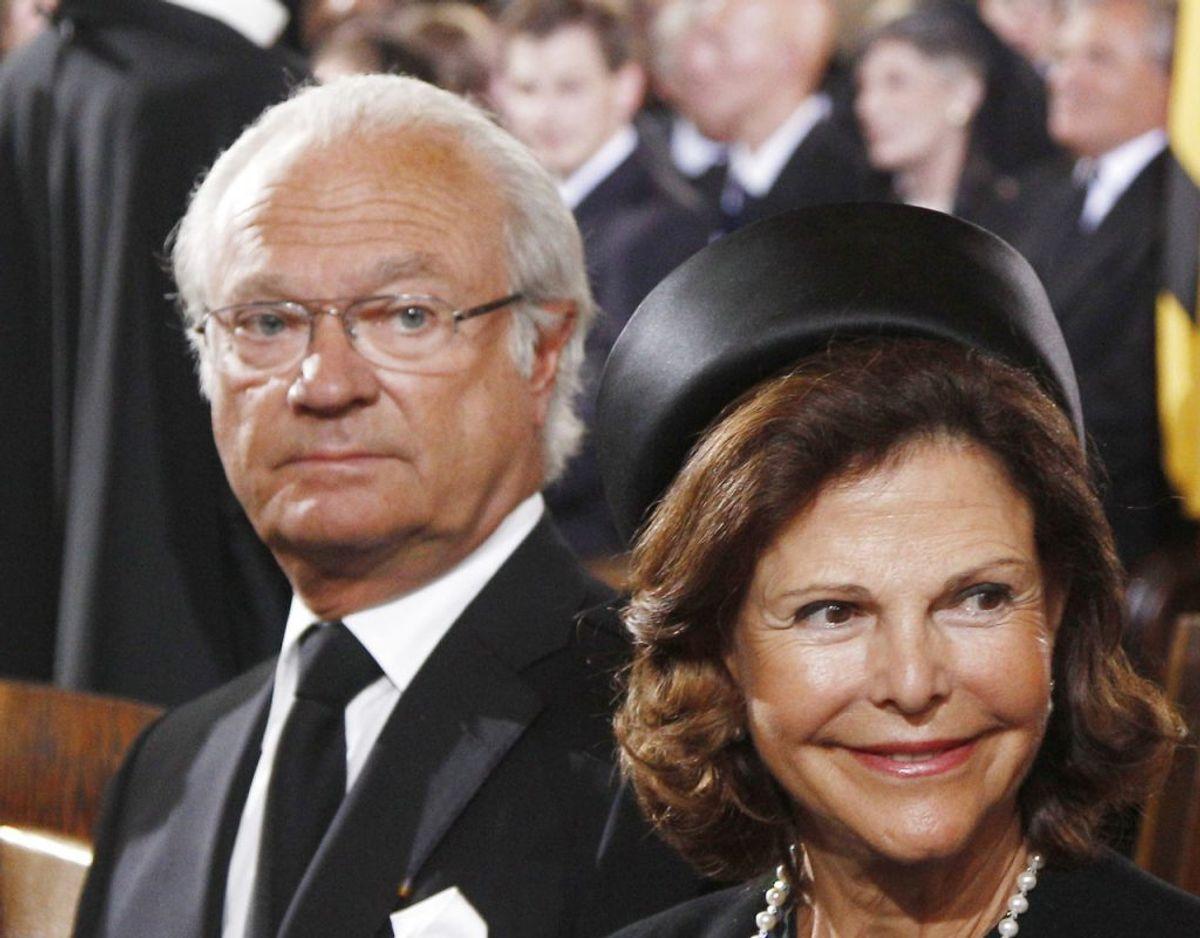 Den svenske kong Gustaf med dronning Silvia. Arkivfoto: Reuters
