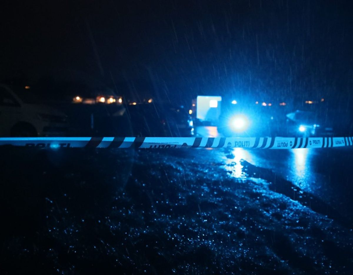 En 29-årig medarbejder på et bosted døde efter at være blevet stukket ned. KLIK for flere billeder. Foto: Presse-fotos.dk.