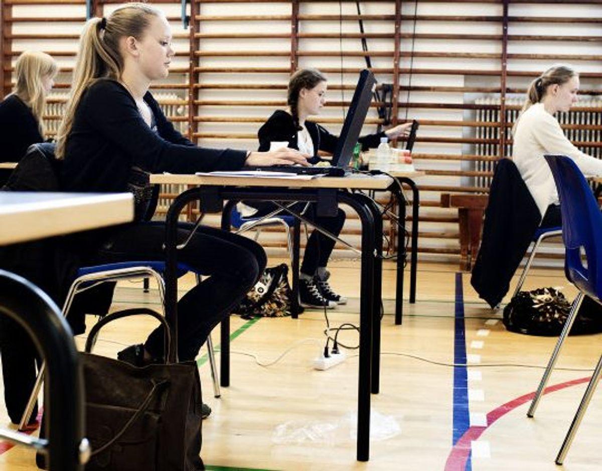 Der er stadig ikke klarhed over, hvad der kommer til at ske med sommerens eksamener for elever i folkeskolen og på ungdomsuddannelser. (Arkivfoto.) Foto: Linda Kastrup/Scanpix