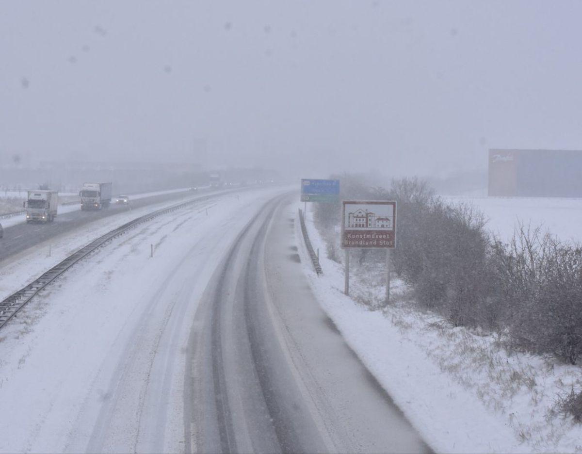 Så meget sner det lige nu. Foto: Presse-fotos.dk