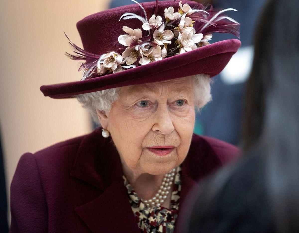 Dronning Elizabeth er dybt berørt af Kaptajn Tom Moores død den 2. februar. Klik videre for flere billeder. Foto: Scanpix/Victoria Jones/PA Wire/Pool via REUTERS