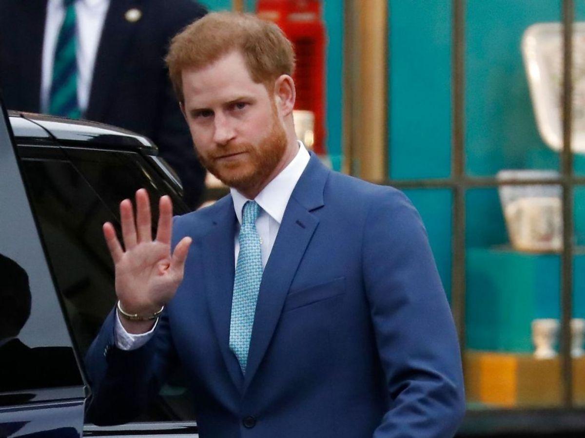 Prins Harry må nu sluge den bitre pille at skulle se til, at corona-pandemien nu for anden gang flytter de kommende Invictus Games, der oprindeligt var planlagt til Haag i 2020, men nu først bliver en realitet i 2022. (Photo by Tolga AKMEN / AFP)