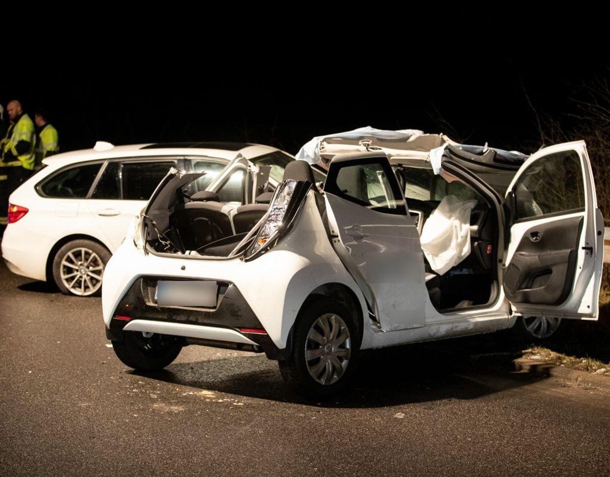 En kvinde blev hårdt kvæstet i ulykken. Foto: Rasmus Skaftved.