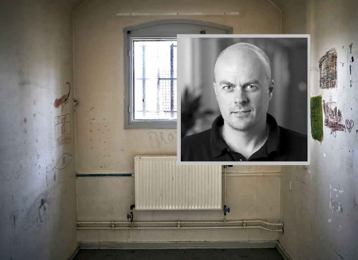 Bo Yde Sørensen er formand for fængselsforbundet. Han mener, at fængselsbetjentene i forvejen er så pressede, at de reelt ikke kan blive syge. Foto: Scanpix (indsat: Fængselsforbundet)