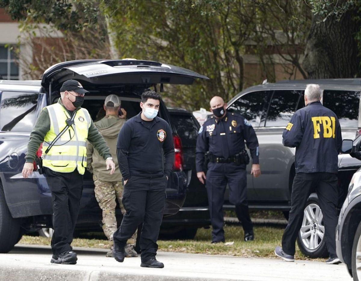 Der blev kaldt endnu mere politi til stedet efter skyderiet. Foto: Scanpix/Marta Lavandier