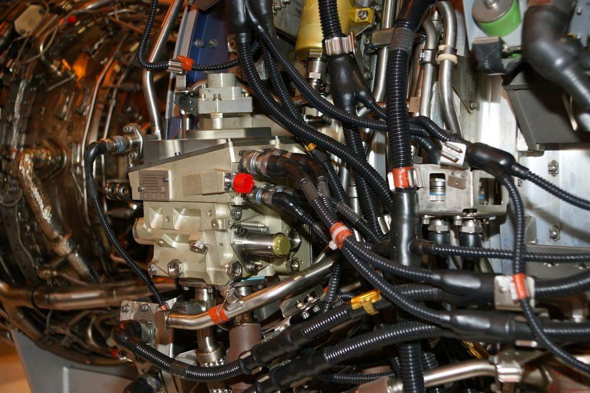 Det samme gælder fejl i bilen elektronik. Moderne biler har fået meget avanceret elektroniske systemer, som det er bedst, at en fagperson kigger på. Kilde: Reader's Digest. Arkivfoto.
