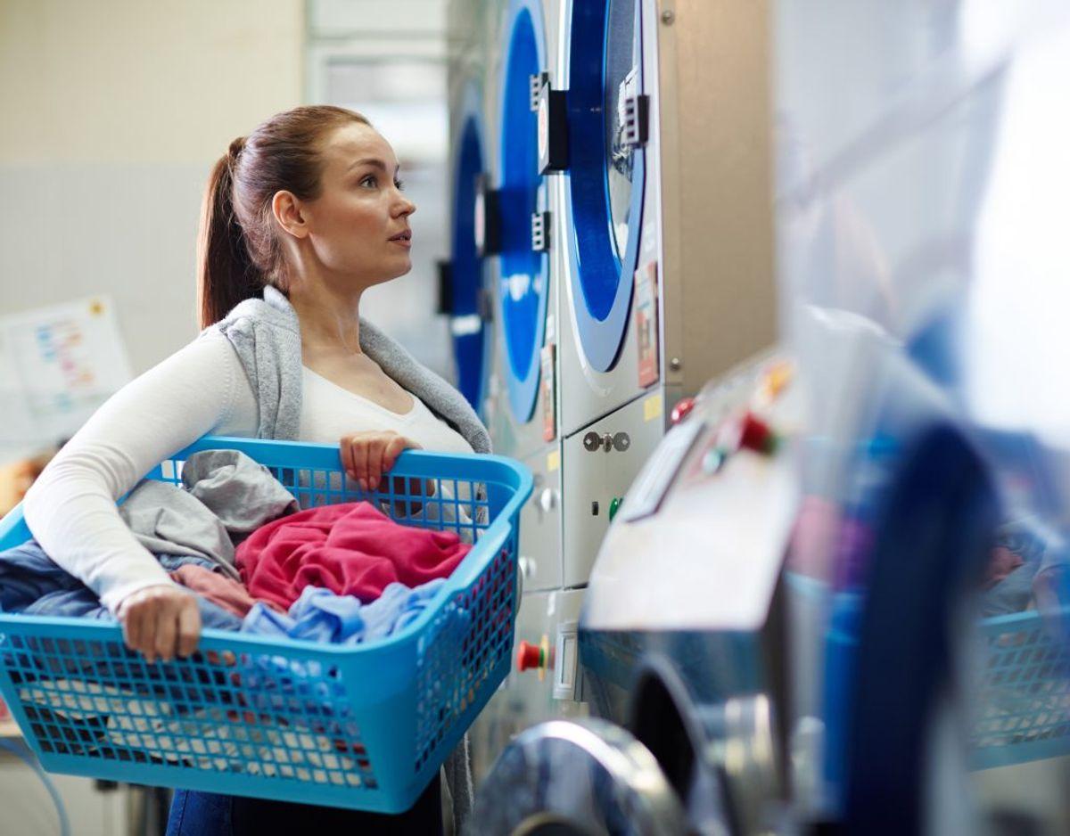 Du vasker sengetøjet for sjældent. Som udgangspunkt skal du vaske det ved 60 grader hver 14. dag, så du blandt andet skiller dig af med døde hudceller, som husstøvmider lever af. Genrefoto.