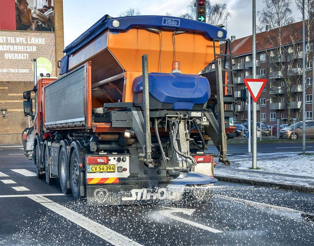 Der er fare for glatte veje flere steder i landet søndag. Foto: Henning Bagger/Ritzau Scanpix