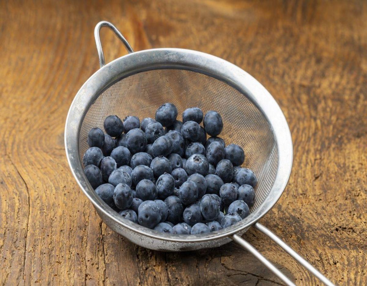 Køb det frugt og grønt, der er i sæson. Foto: Colourbox