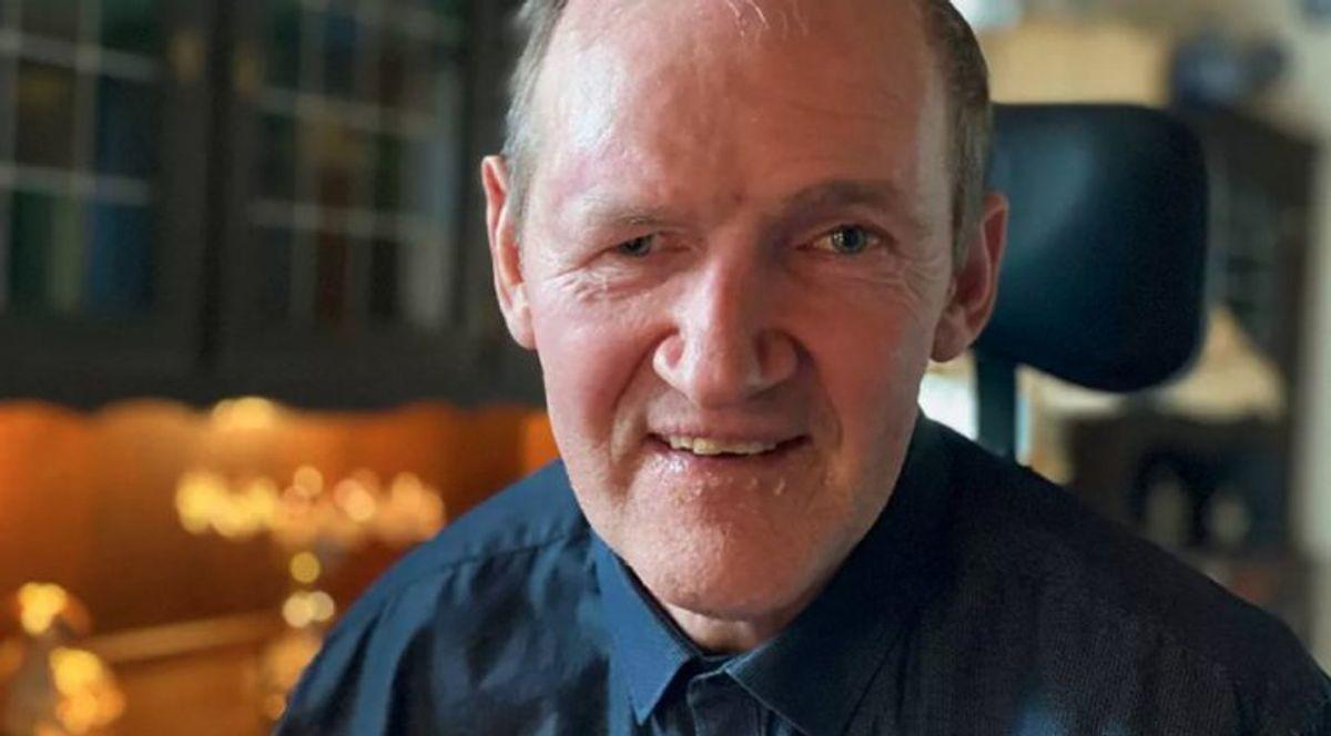 Ole Klausen har boet hos sine forældre indtil et fald for godt et år siden. Her har han ikke modtaget andet fra kommunen end sin førtidspension. – Foto: TV2 Østjylland