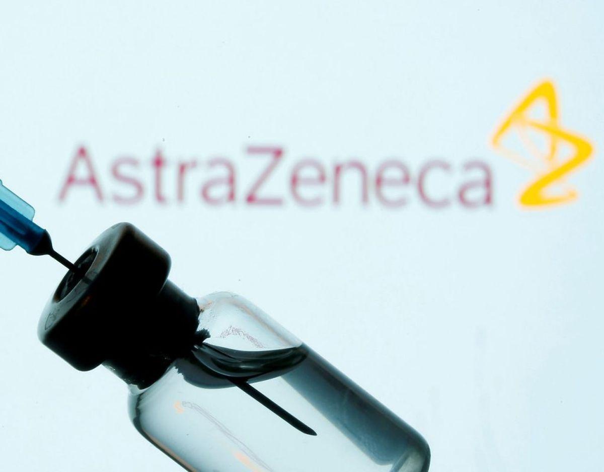 En coronavaccine fra AstraZeneca forventes godkendt fredag. Foto: Scanpix/Dado Ruvic/