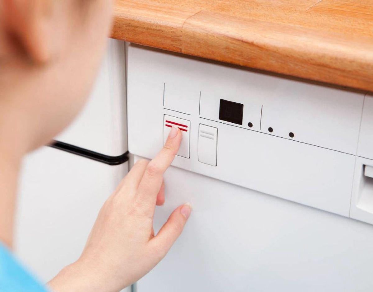 Moderne opvaskemaskiner har tonsvis af programmer – brug dem! Foto: Scanpix
