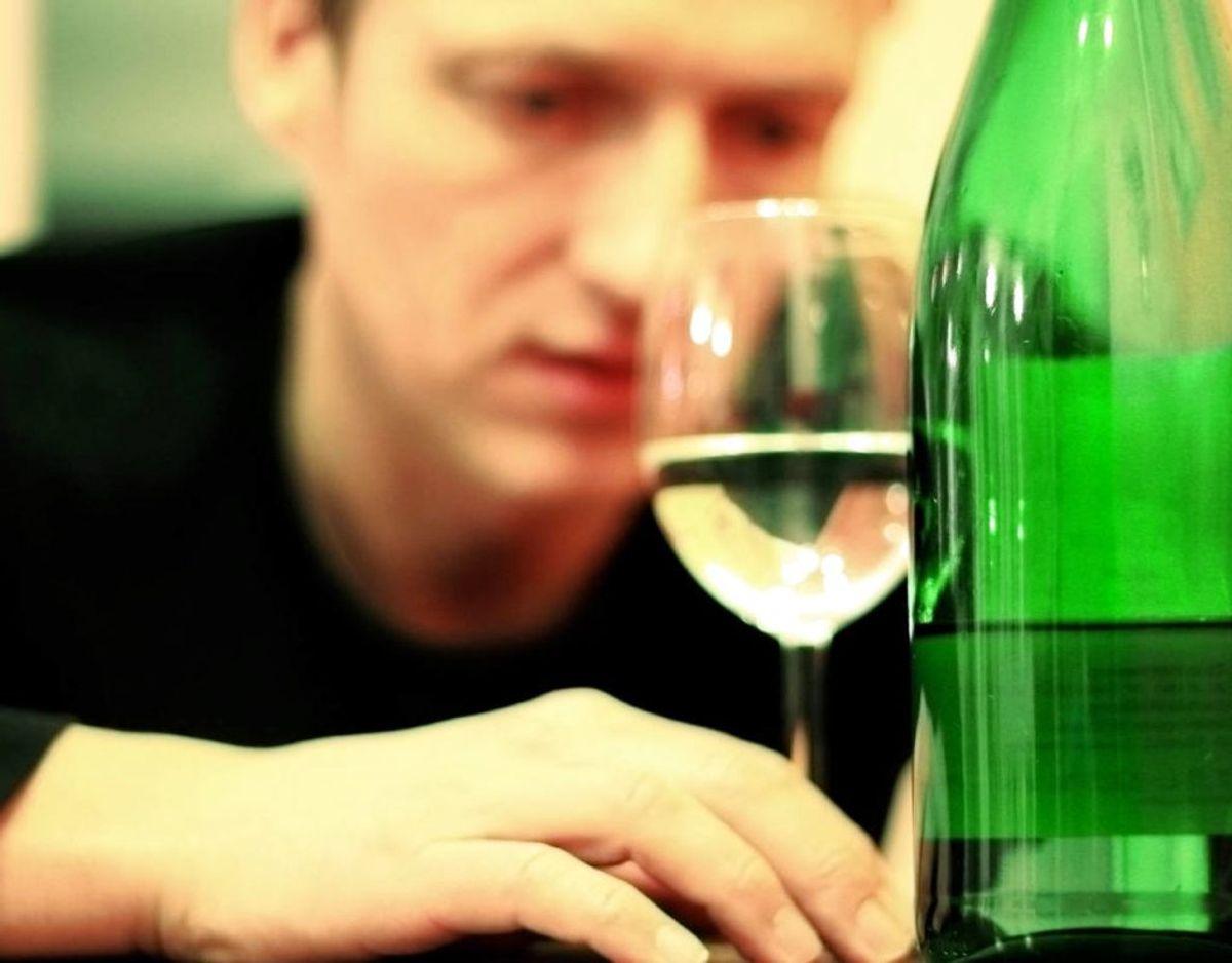 Problemer med alkohol eller stoffer kan også være et tegn på angst, da der i flere tilfælde er en sammenhæng mellem de to. Kilde: Good Housekeeping Foto: Scanpix