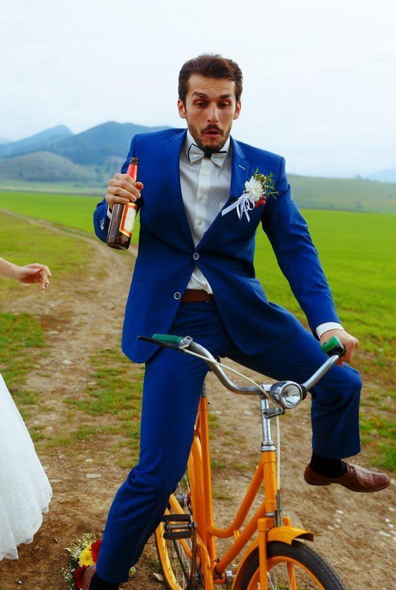 8: Der er ikke nogen klar promillegrænse for spritkørsel på cykel, men man kan få en bøde på 1.500 kroner, hvis politiet vurderer, at man kører uforsvarligt på cykel, fordi man er fuld. Man kan ikke få klip eller miste kørekortet for at køre fuld på cykel. Foto: Colourbox