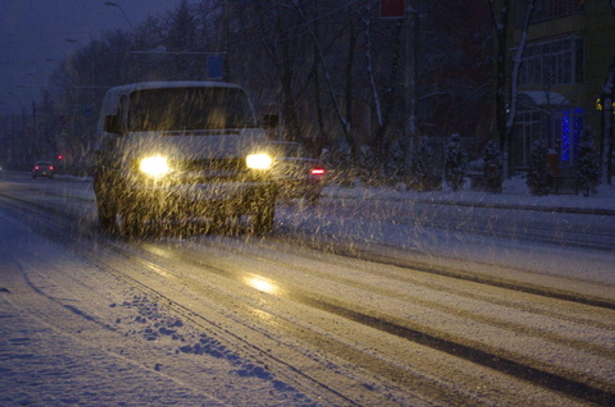 De glatte veje kan skabe farlige situationer i trafikken. KLIK VIDERE OG SE FDM'S GODE RÅD TIL, HVORDAN DU KØRER SIKKERT I DET GLATTE FØRE. Arkivfoto.