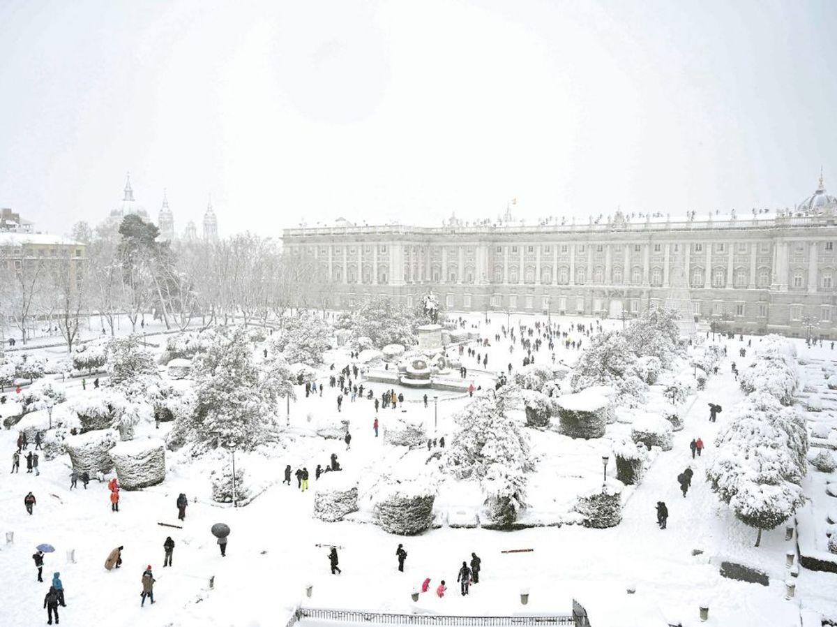 Det kongelige palads. Foto: Gabriel BOUYS/Scasnpix.