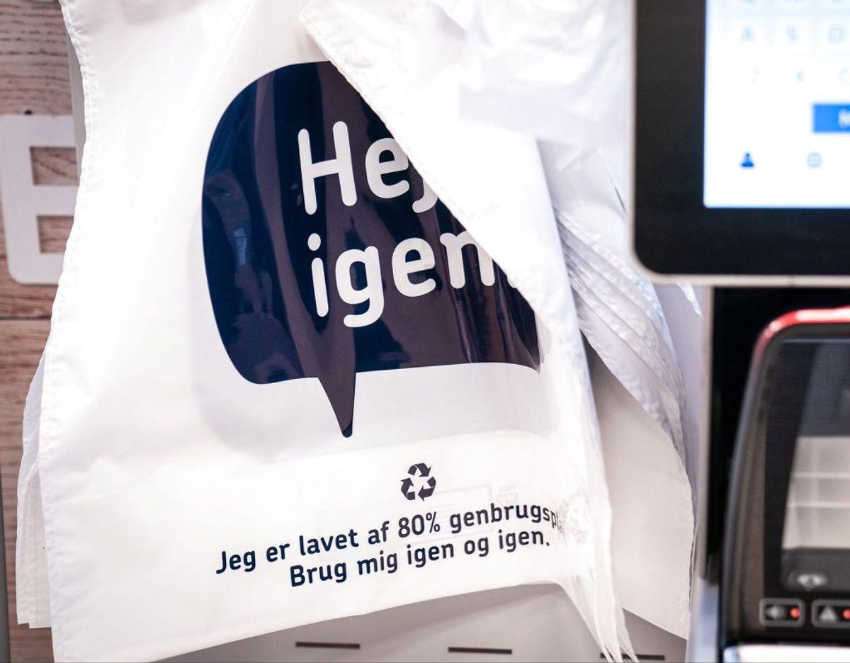 En plastikpose skal fra 1. januar 2021 koste minimum fire kroner uanset, hvilken type butik, du køber den i.(Foto: Niels Christian Vilmann/Ritzau Scanpix)