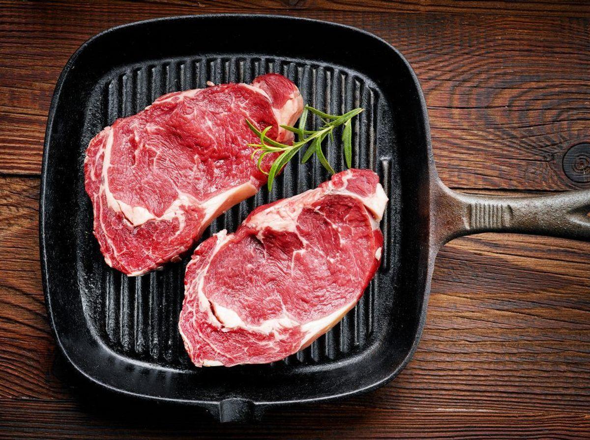 Hold råt kød adskilt fra spiseklar mad.  Kilde: Statens Serum Institut. Arkivfoto.