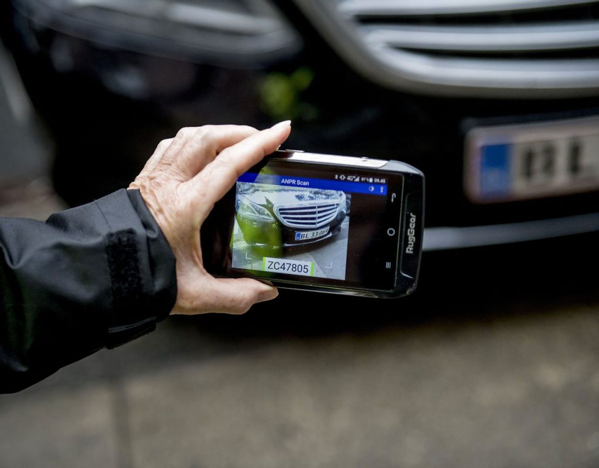 En parkeringsvagt blev truet i Randers. Politiet fandt dog hurtigt den mistænkte, der havde fået en bøde. Genrefoto: Scanpix