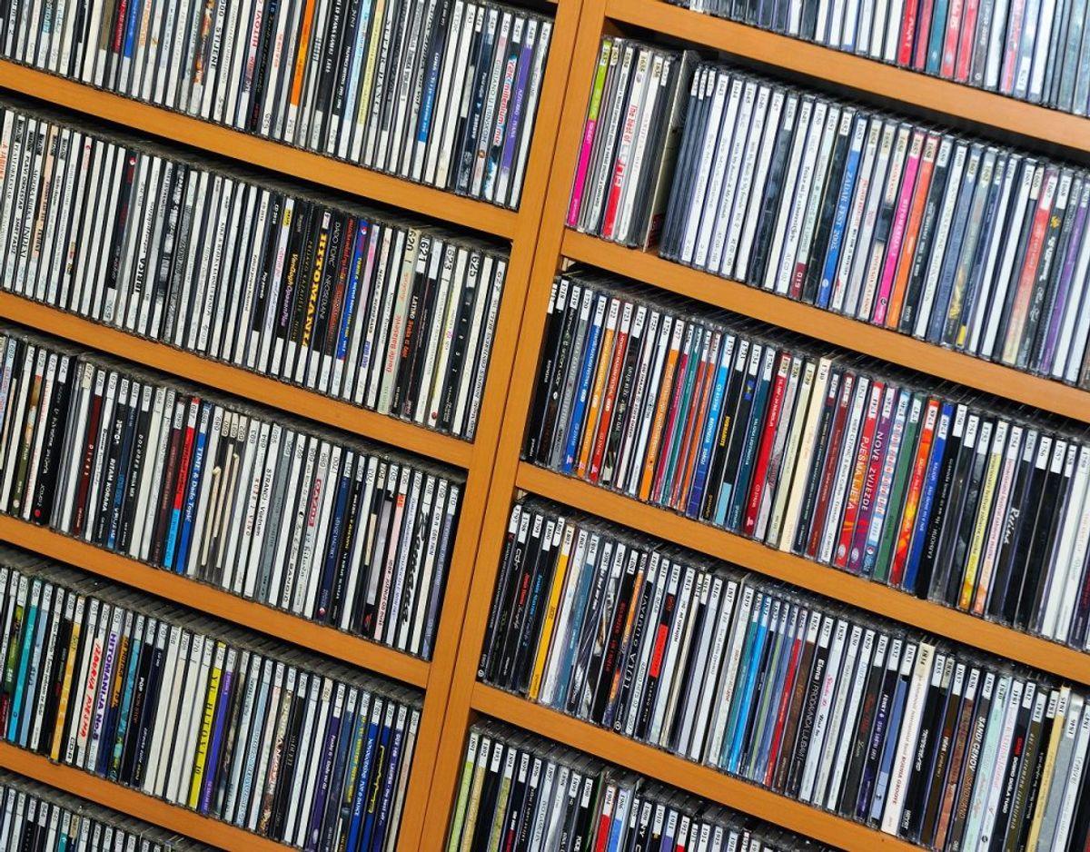 DVD'er kan også tage en tur i skraldespanden for mange. Foto: Colourbox