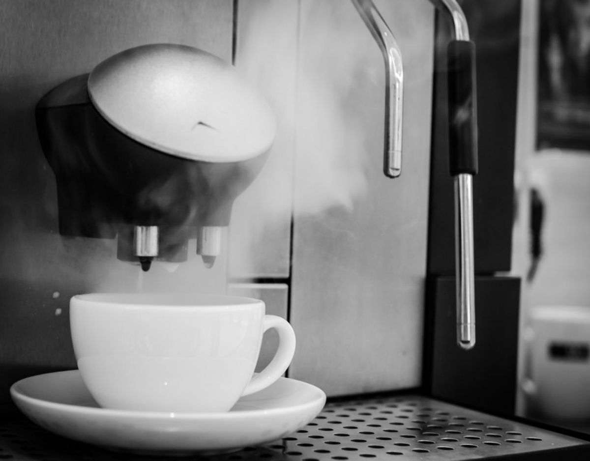 Det er lækkert med en masse smarte køkkenmaskiner, men hvis man ikke får dem brugt, så fylder de også meget. Foto: Colourbox