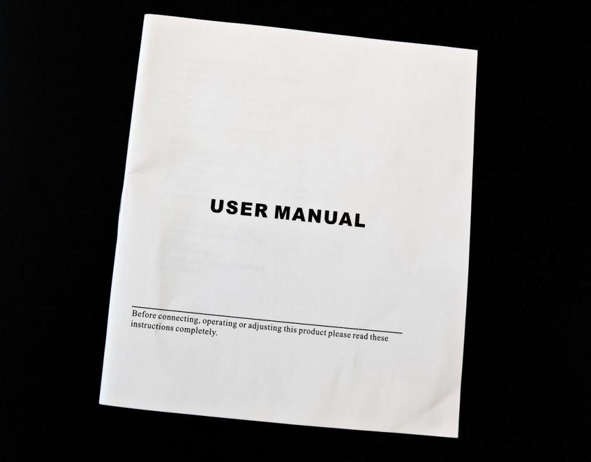 Manualer følger med til nærmest alt, som man køber efterhånden, men hånden på hjertet er det de færreste, som nogensinde får slået op i en manual. Foto: Colourbox