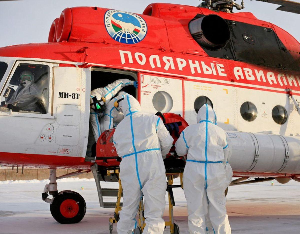 Seks festdeltagere blev fløjet til behandling på et hospital i Yakutsk – de fire er indtil videre døde. I forvejen er tre andre, som ikke nåede på sygehuset, døde. Arkivfoto: Scanpix.