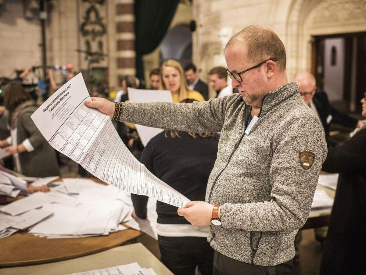 Der skal vælges nye medlemmer til de 98 byråd eller kommunalbestyrelser i de danske kommuner. (Foto: Asger Ladefoged/Scanpix 2017)