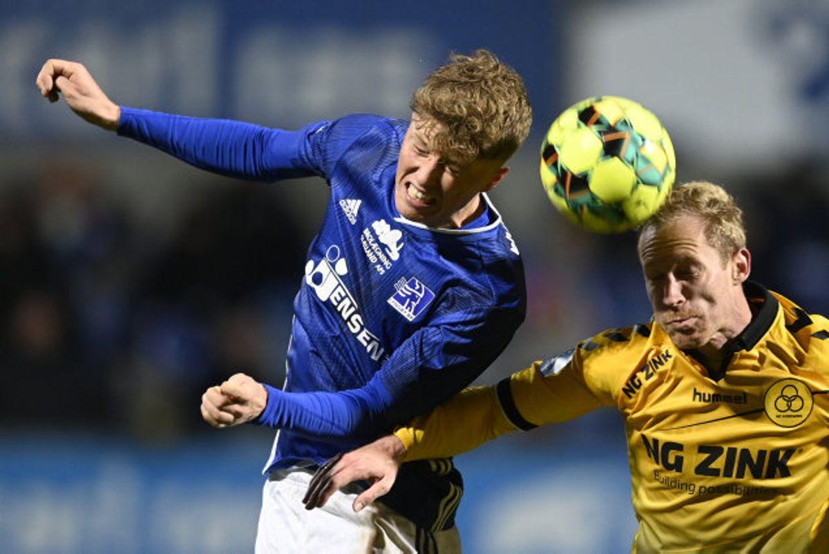 Superligaens to bundhold fra Lyngby og AC Horsens mødtes fredag i Lyngby. Kampen endte 1-1.  Ingen af holdene har prøvet at vinde i ligaen i denne sæson. Foto: Lars Møller/Scanpix