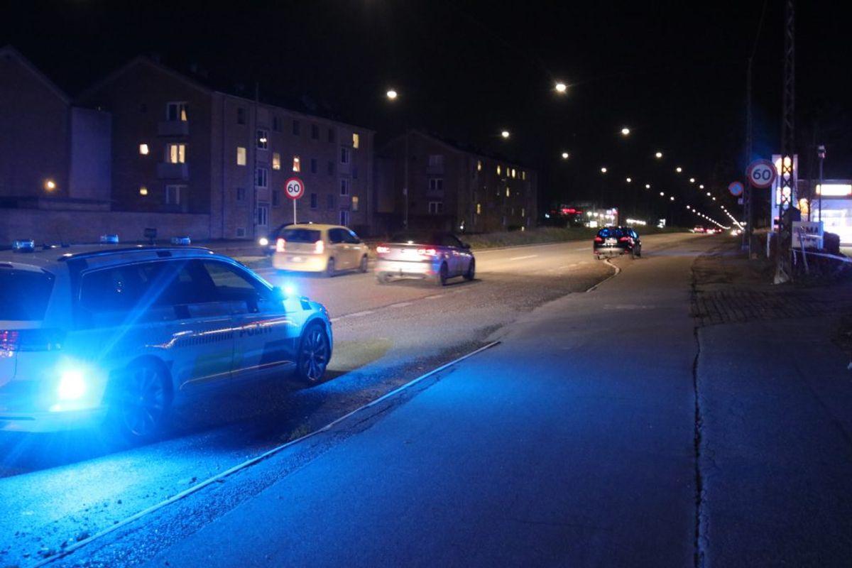 En person er stukket ned. KLIK for flere billeder. Foto: Presse-fotos.dk.