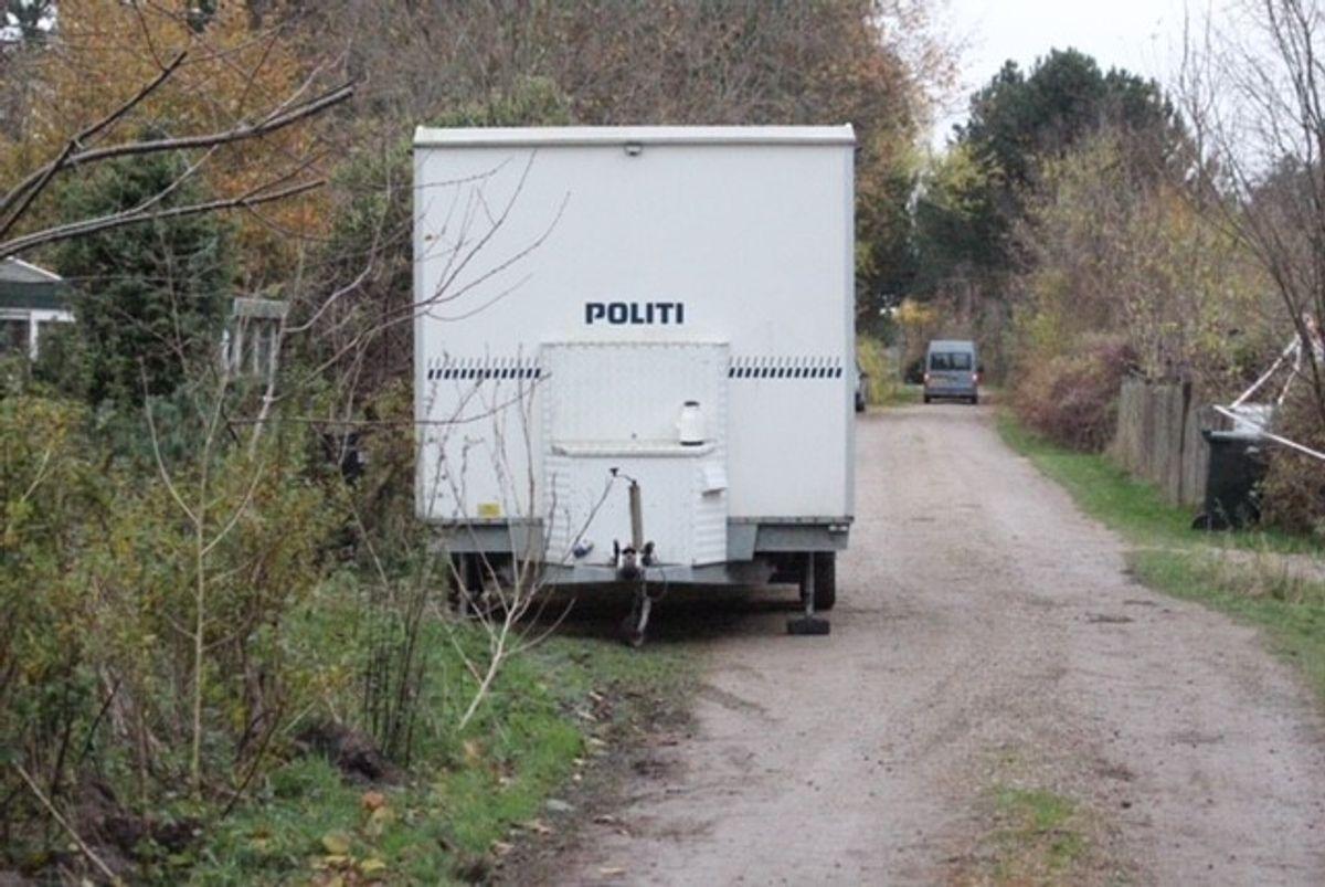 Også familiens sommerhus er blevet undersøgt. Foto: Presse-fotos.dk.