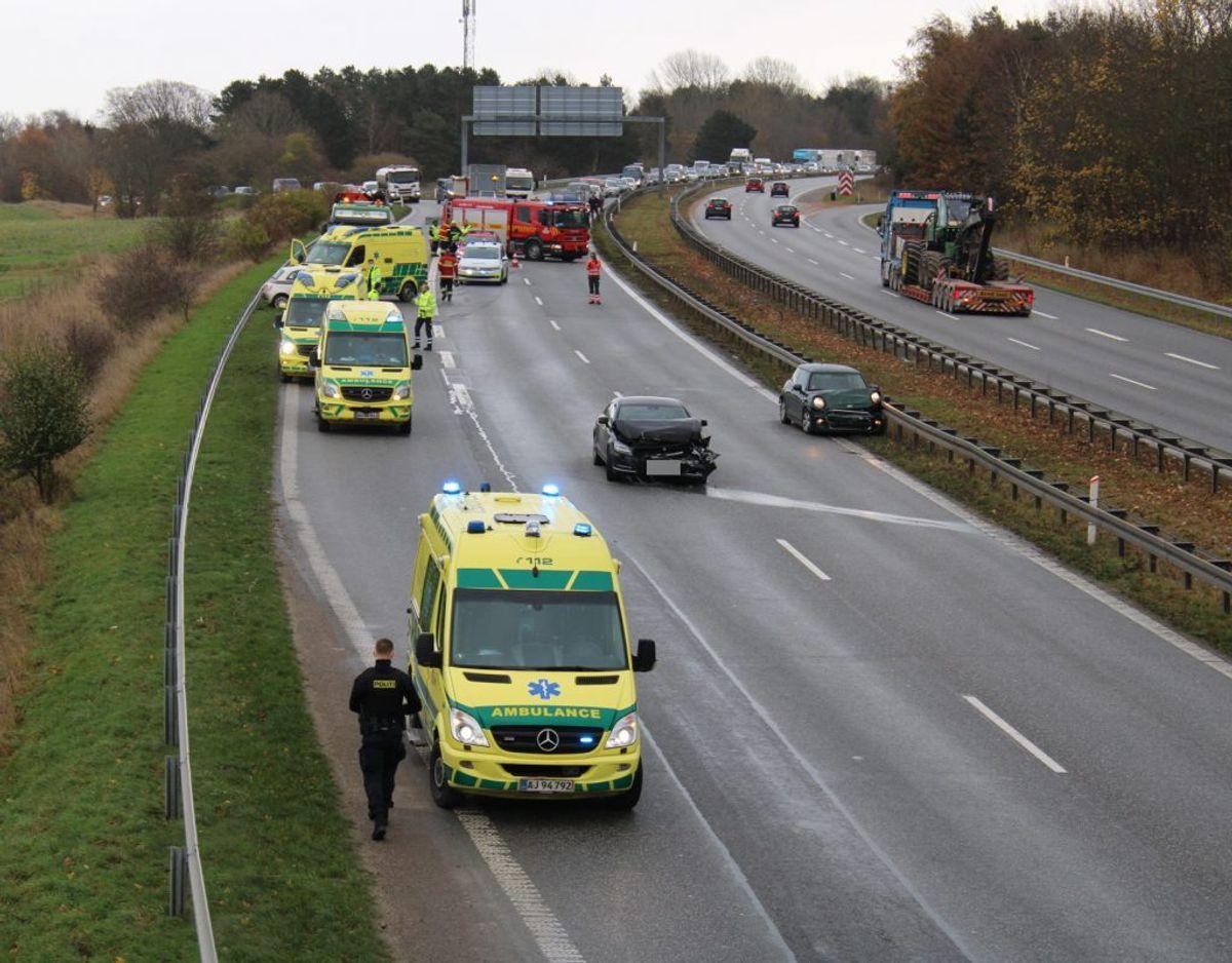 Uheldet blev anmeldt klokken 09.54. Foto: Presse-fotos.dk.
