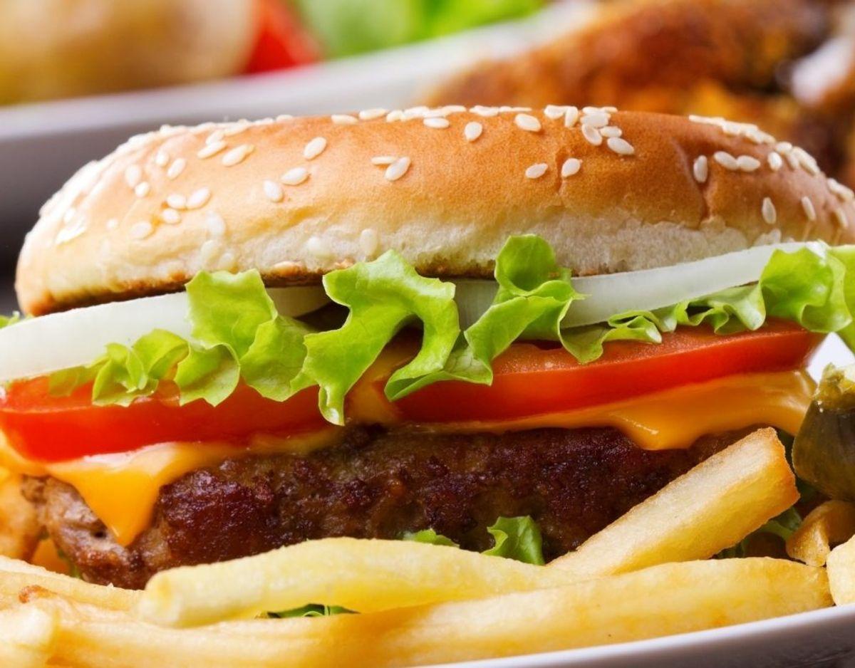Et parti burgerboller kaldes tilbage på grund af dampe af ethylacetat. KLIK og se billede af indpakning. Foto: Colourbox.
