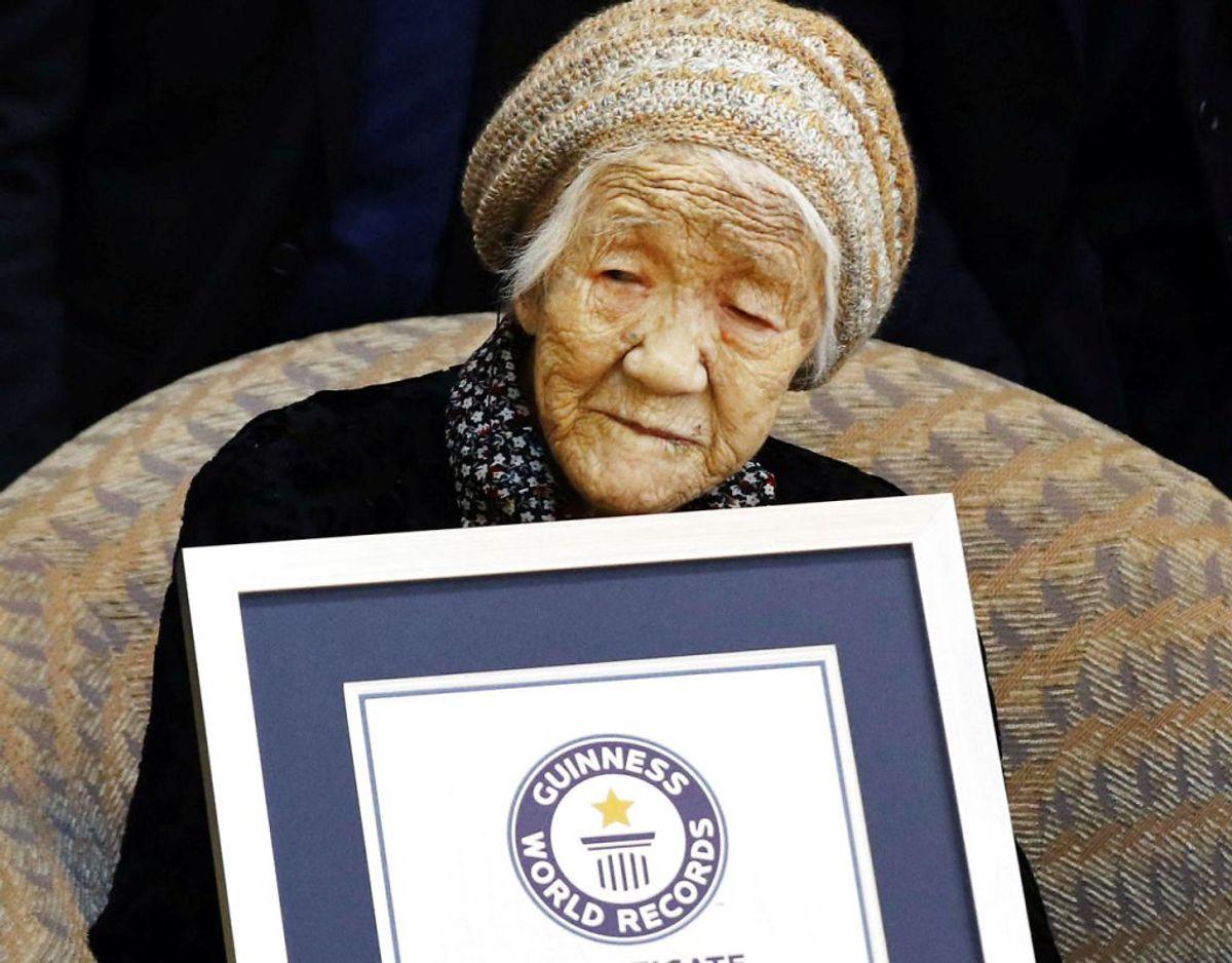Kane Tanaka, der er verdens ældste nulevende menneske, vil den 11. maj 2021, der er dagen hvor hun er tiltænkt æren af at skulle tranportere den olympiske ild 200 meter, være 118 år og 129 dage. Klik videre i galleriet for flere billeder. Foto: Scanpix/Kyodo/via REUTERS