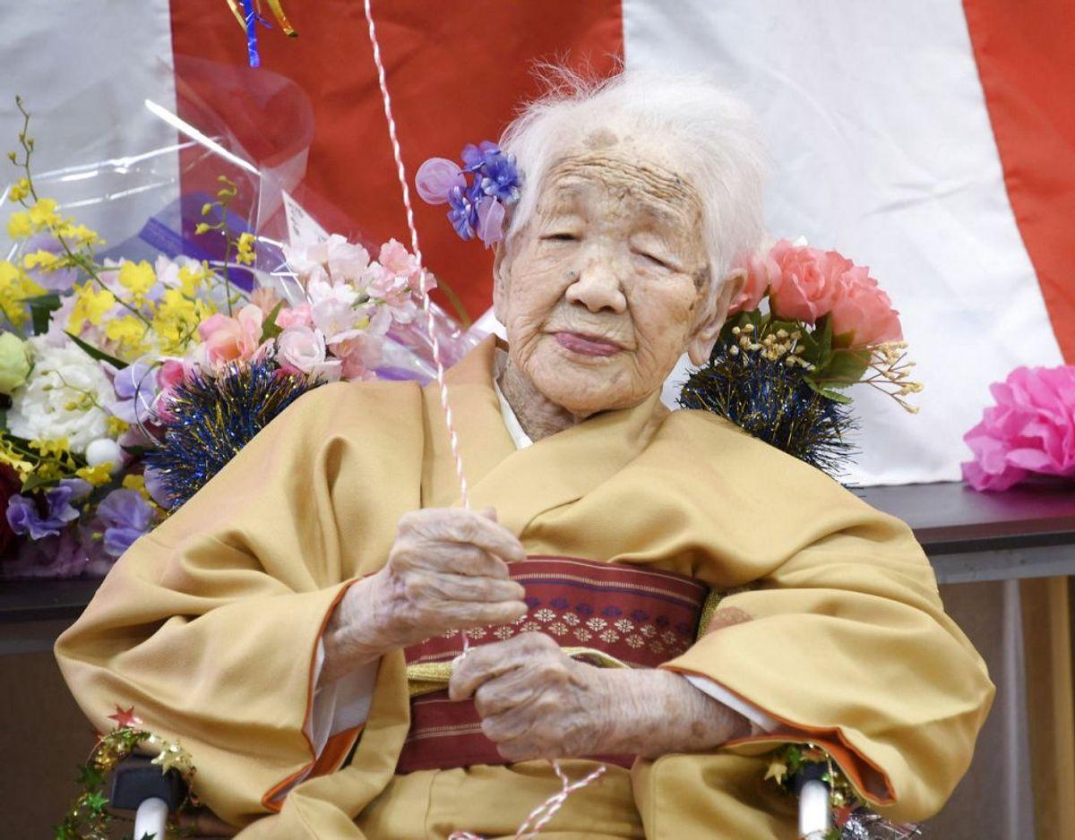 I dag 117-årige Kane Tanaka er blevet tildelt den store ære at være bladt de, der kommer til at transportere den olympiske ild frem mod OL i Toykyo, der efter palnen indledes den 23. juli 2021. Klik videre i galleriet for flere billeder. Foto: Scanpix/Kyodo/via REUTERS