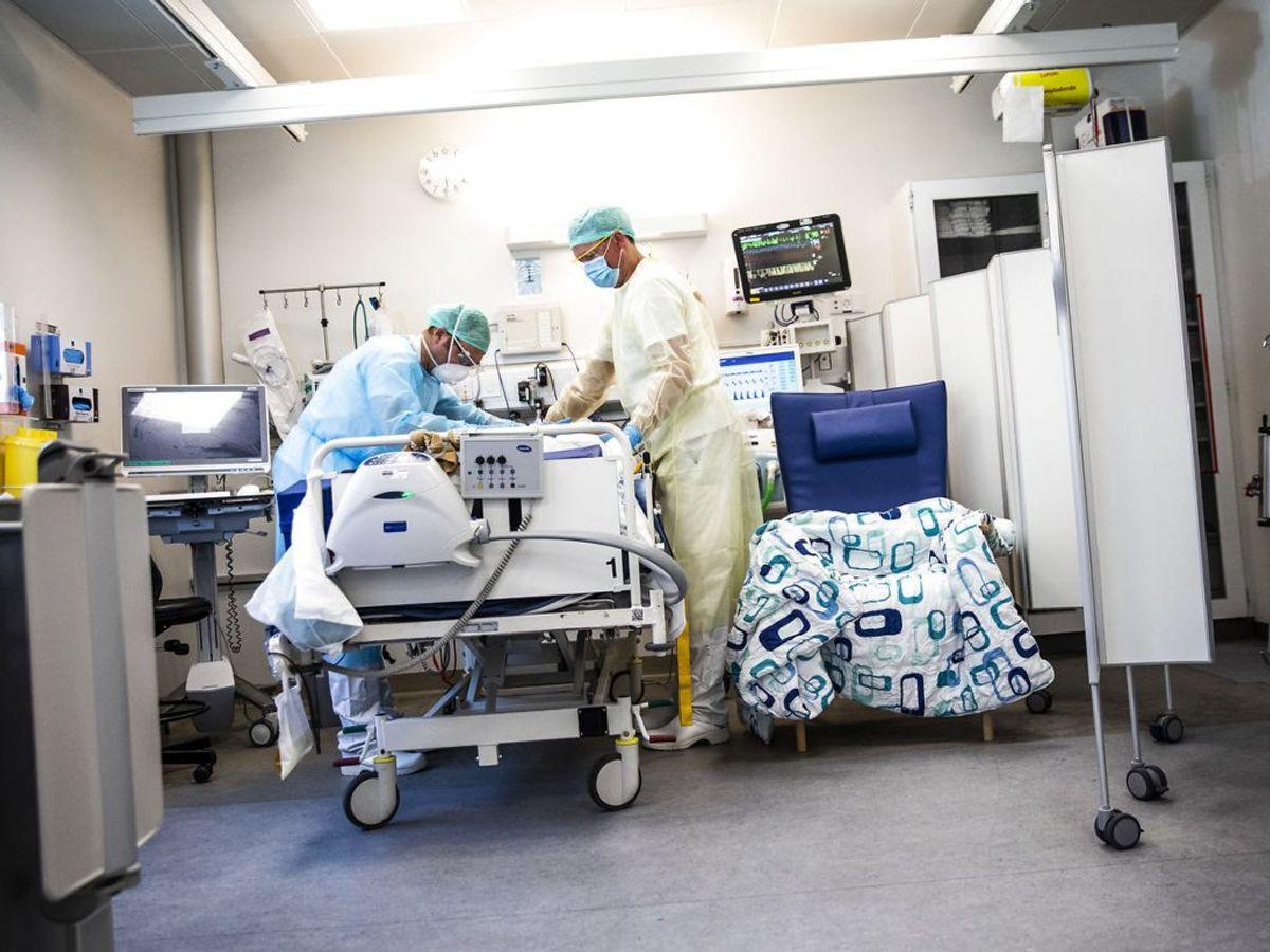 44 er på intensivafdelingen. Af dem er 27 i respirator. (Foto: Ólafur Steinar Gestsson/Ritzau Scanpix)
