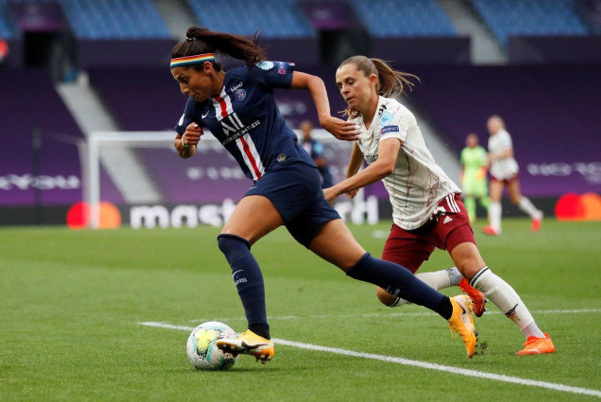 Den danske landsholdsangriber Nadia Nadim scorede hele syv mål, da Paris Saint-Germain lørdag besejrede Issy FF 14-0 i den bedste franske række for kvindefodbold. (Arkivfoto) Foto: Pool/Reuters