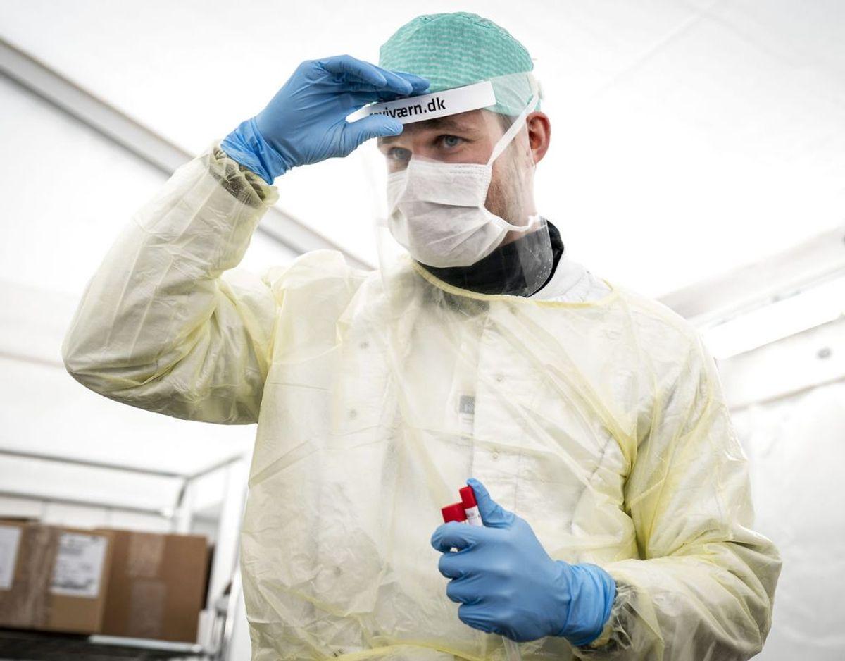 Stadig mange nye smittede – men epidemien er aftagende. Foto: Scanpix