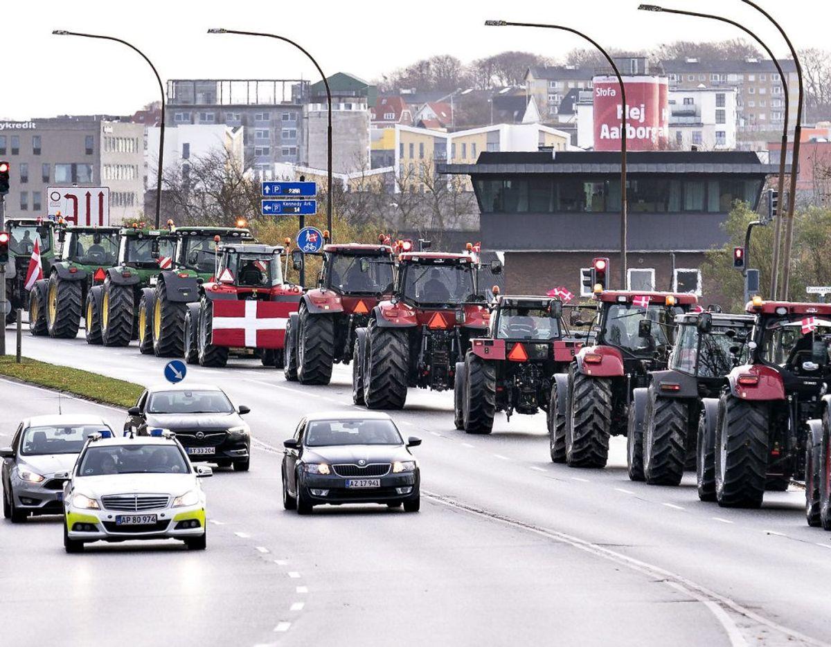 Landmænd på massevis traktorer samlet i demonstration i Aalborg, lørdag den 14. november 2020.. KLIK FOR FLERE BILLEDER. (Foto: Henning Bagger/Ritzau Scanpix)
