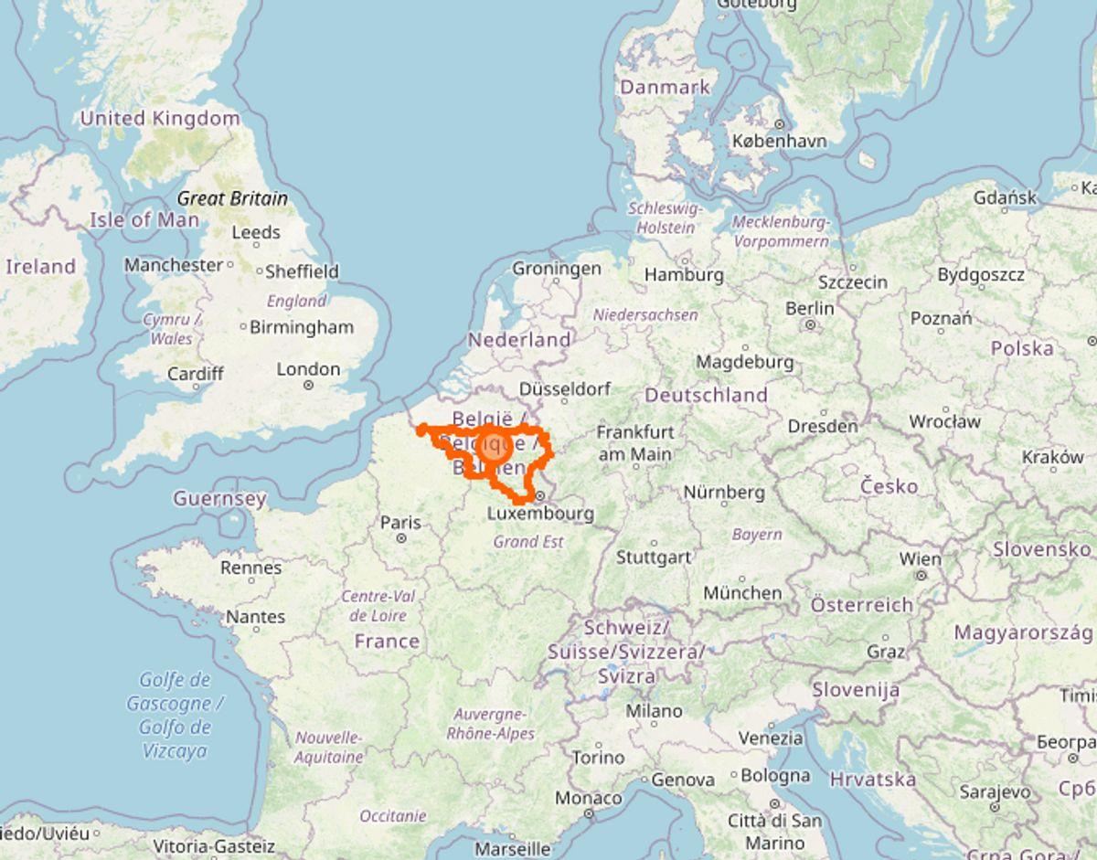 Hårdest ramt i Europa er den belgiske region Vallonien, hvor vanvittige 2180 per 100.000 på en uge er blevet testet positive. Foto: Openstreetmap.org