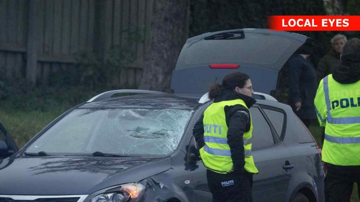 Den 15-årige pige, der blevet ramt af en bil onsdag, er død. KLIK VIDERE OG SE FLERE BILLEDER. Foto: Local Eyes