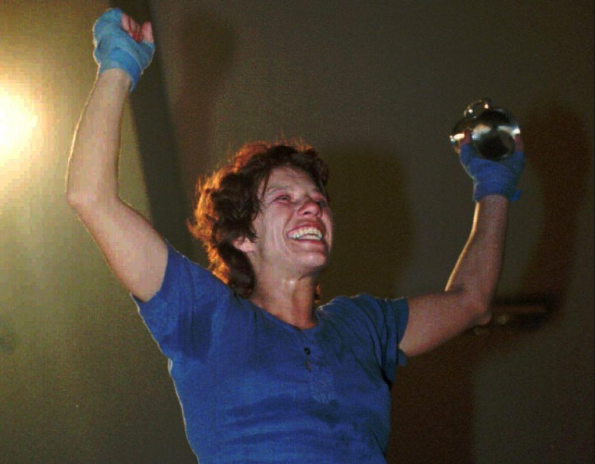 Gitte Dammann var en pioner inden for kvindeboksning i Danmark. Her ses hun efter sin debutsejr i 1994. Foto: ERIK JEPSEN